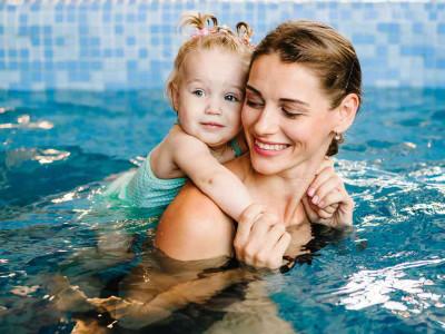 Слитные купальники для юных и взрослых пловчих